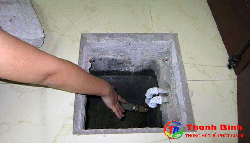 Cách thau rửa bể nước ngầm