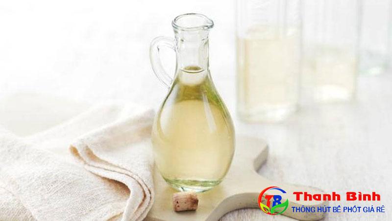 Cách khử mùi bồn rửa chén, Lavabo bằng giấm trắng