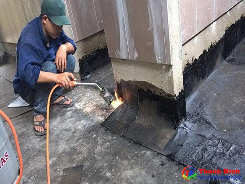 Cách xử lý chống thấm nhà vệ sinh bằng nhựa đường chống thấm